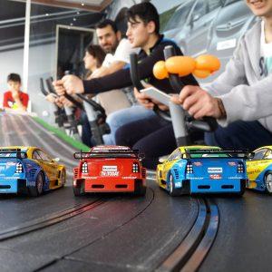 cars 300x300 - מירוץ מכוניות מטורף  SPINING CARS