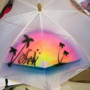 אייר בראש מטריות 2 300x300 - גרפיטי על מטריות