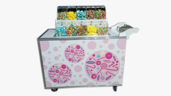 2018 02 19 11.55.49 600x338 - עגלת ממתקים
