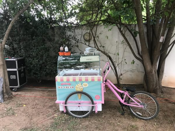 2018 05 22 18.23.31 1 600x450 - עגלת גלידה - תלת אופן