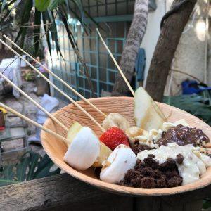 2018 02 03 14.52.18 300x300 - פונדו שוקולד ופירות